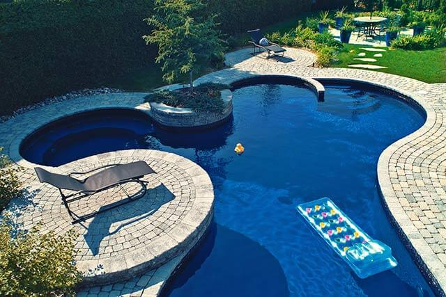 Southern california pools luxury la custom pool design for Custom inground swimming pools