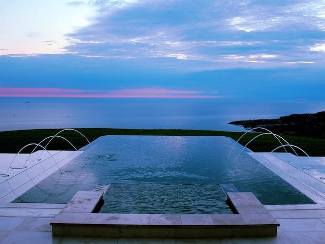 Pacific Palisades Infinity Edge Pool Overlooking The Ocean