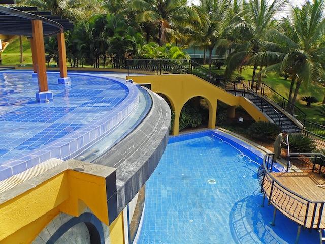 Hotel Vanishing Edge Pool with Two Levels