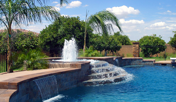 Swimming Pool and Spillover Spa with Fountain