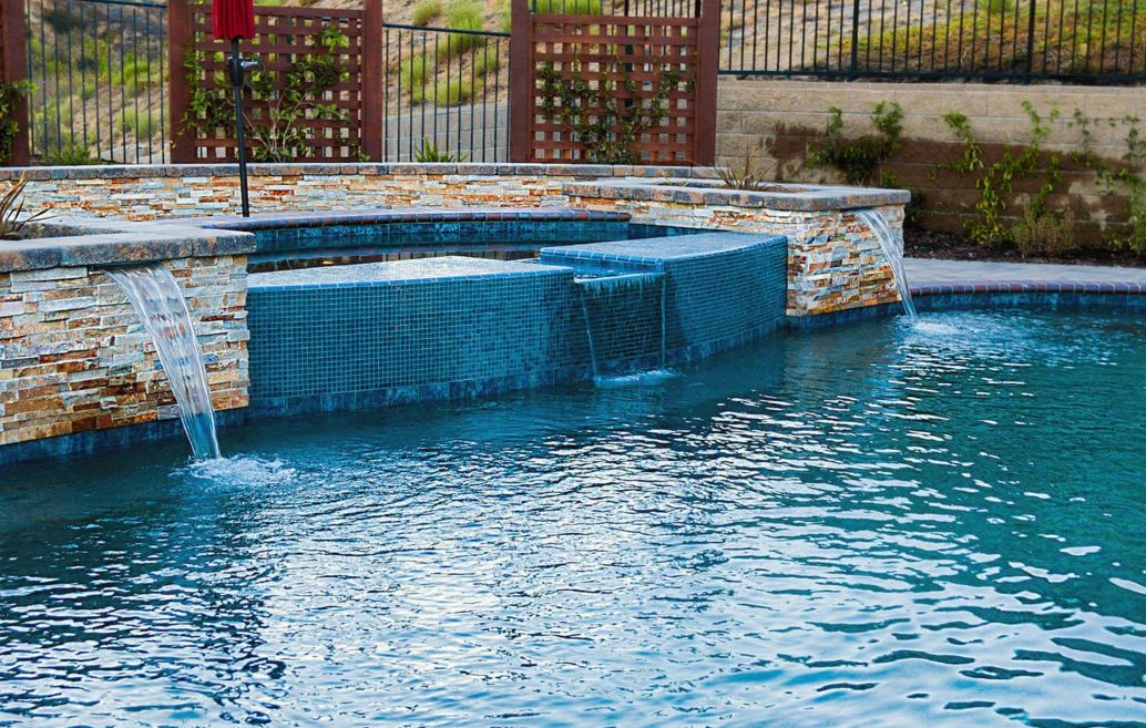 Design Options For A Swimming Pool And Spa Installation
